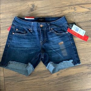 Jean shorts, with tags